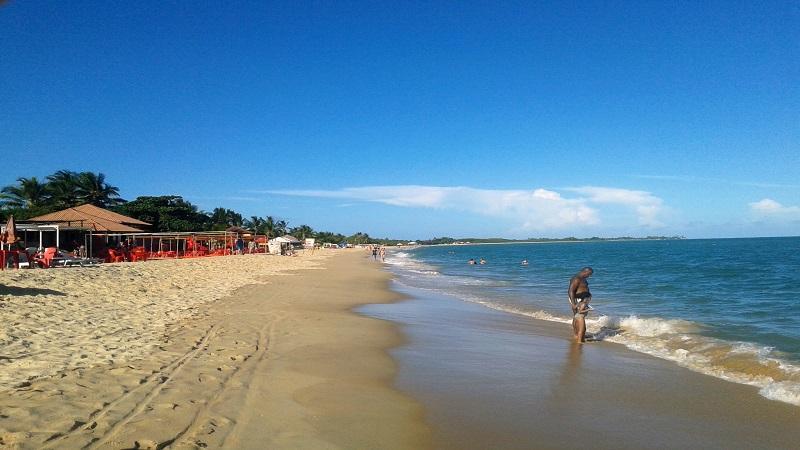 Visite a Praia de Taperapua em Porto Seguro